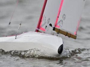 IOM D4 radio controlled yachts